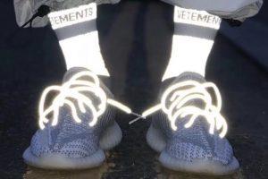 Giày Yeezy